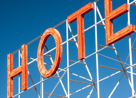 Wie man eine Hotel Webseite erstellt: Tipps für Hotelbusiness