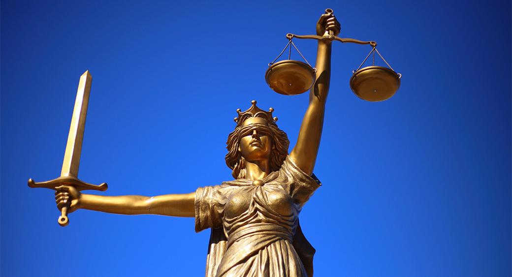 Как создать сайт юридической компании